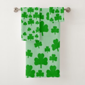 Field of Shamrocks bath towel set