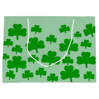 Field of Shamrocks gift bag